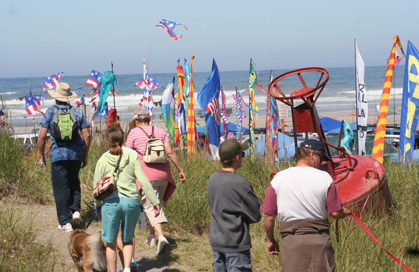 WA State Int'l Kite Festival, Long Beach