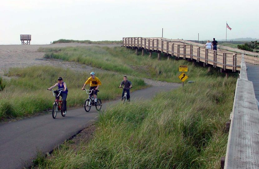 Discovery Trail and Boardwalk, Long Beach